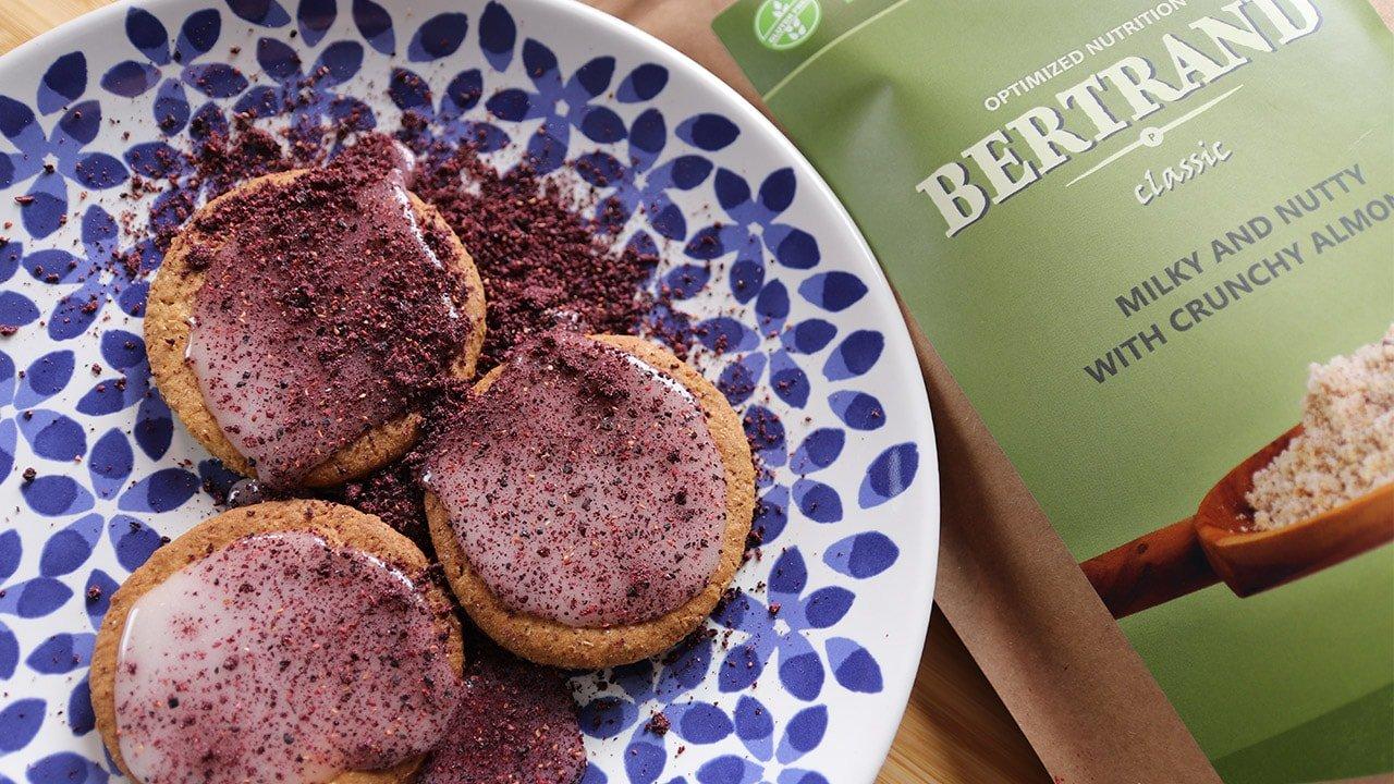 Baking cookies with BERTRAND
